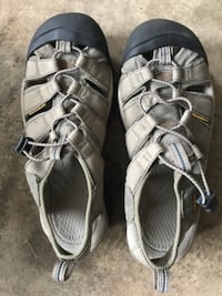 Keen sandals men's size 9 (EU42) Chantilly