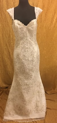 Fully Beaded Wedding Gown Size 10 Las Vegas
