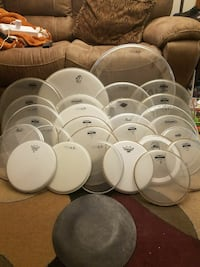 Drum head lot. Yamaha, remo, evans, more