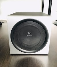 Logitech Z-2300 2.1-Channel Subwoofer