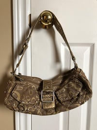 Gold Guess Purse Barrie, L4N 5Y9
