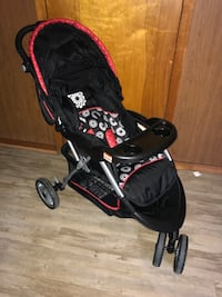 baby's black and red stroller Harrison, 07029