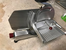 Electric meat/deli meats/cheese slicer