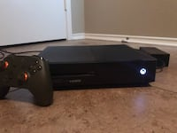 Xbox one with controller Killeen, 76549