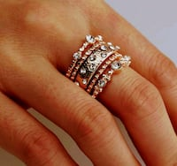 silver diamond studded ring in box Montreal, H8T