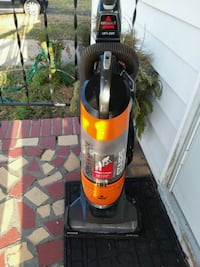 Bissell Lift-Off technology vacuum cleaner Newport News, 23607