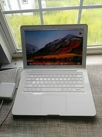 "MACBOOK 13"" ( LATE 2009 ) Raleigh, 27616"