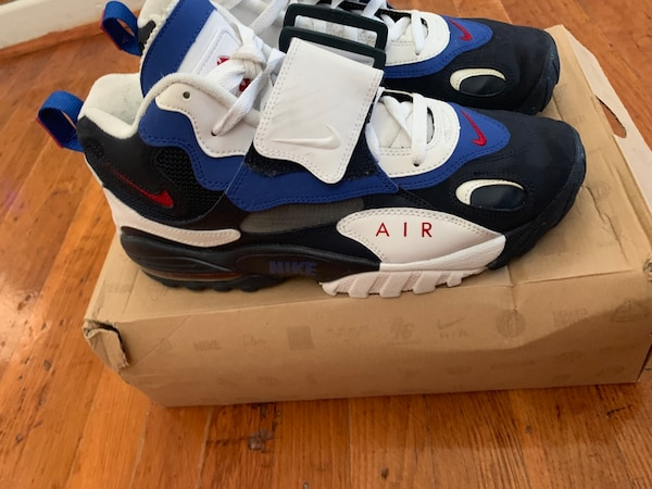 Air Max Speed Turf size 10 excellent condition