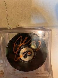Dale Weise signed Flyers puck Abington, 19001