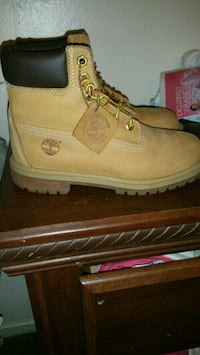 Timberland's size 5.5y Fresno, 93703