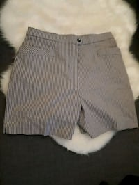 Brand new Shorts - Size L Montreal