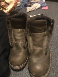 pair of brown leather work boots Beausejour, R0E