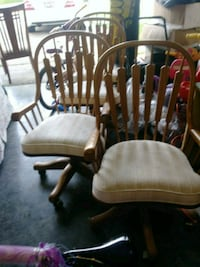 4 chairs perfect for office Chestertown, 21620