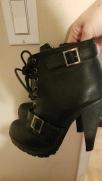 black leather chunky heeled boots Laval, H7T 1X4