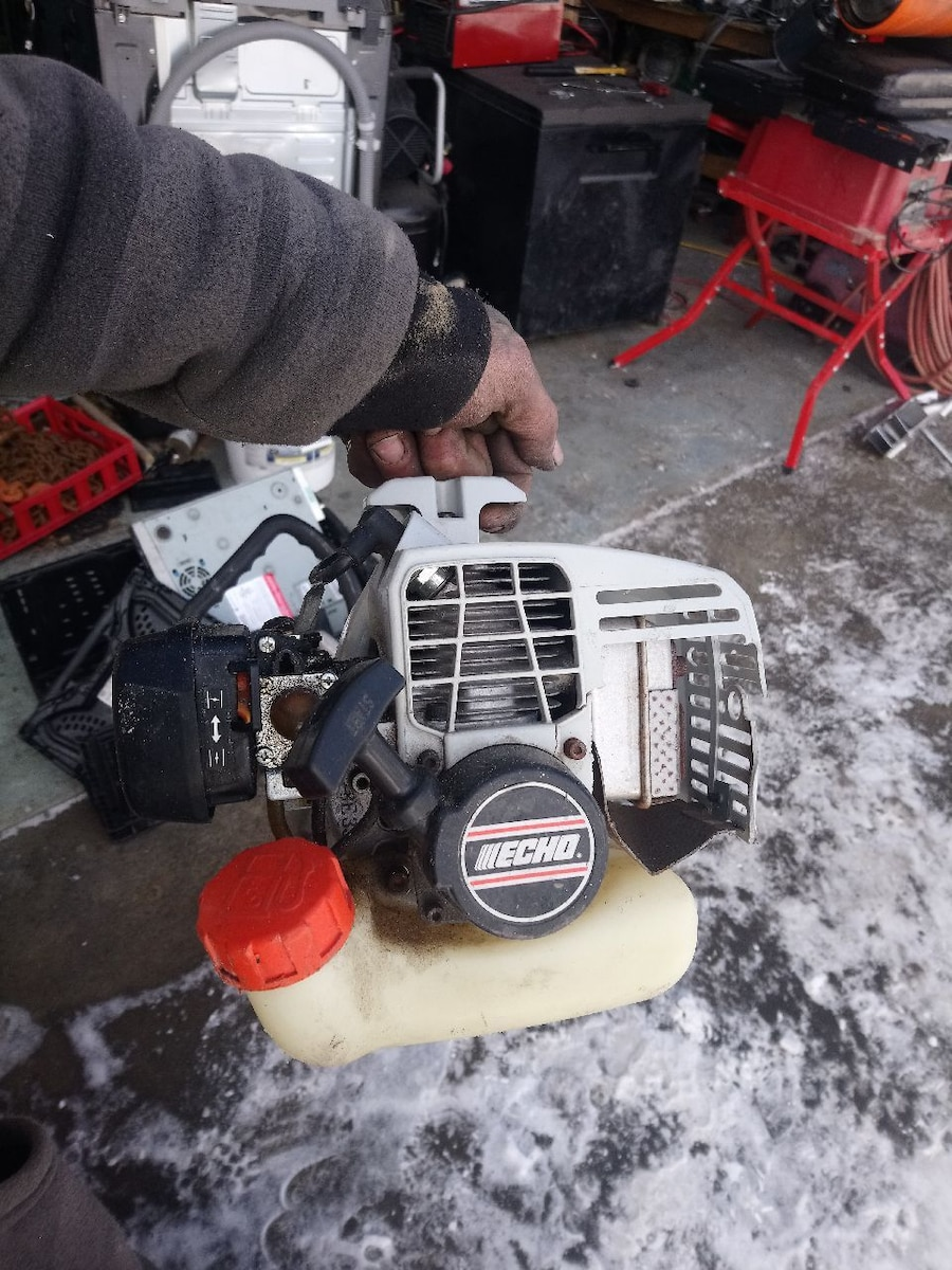 white and black Echo gas chainsaw for sale  Calgary