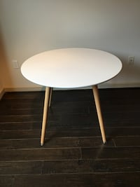 round white wooden pedestal table Silver Spring