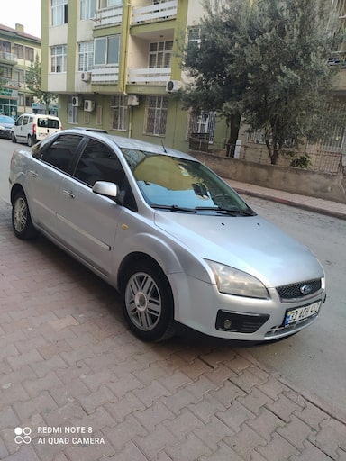 2006 Ford Focus 1.6I 115PS GHIA f67029bb-c583-4aed-9731-2f09632a7134