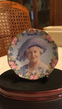 Queen Victoria plate and stand