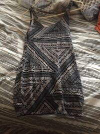 women's black and gray sleeveless dress Tyendinaga, K0K