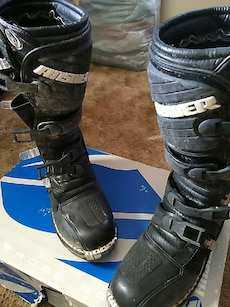 Answer racing boots sz 10 adult
