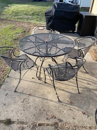 Rod Iron Patio Table & Chairs
