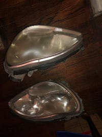 Pair of silver-colored car headlights for Mercedes Benz 2000 to 2006 s420 s430 and s500 Beltsville, 20705