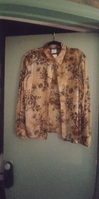 SIZE 18 NEW GIFTABLE Ladies Shear Blouse*IF AD'S UP, STILL AVAILABLE