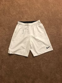 Nike medium shorts South Portland, 04106