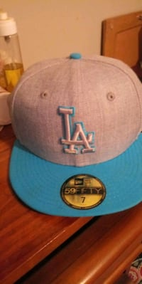 New LA Dogers Fitted Baseball Cap Size 7 Hampstead, 21074