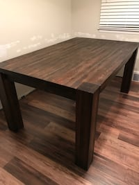 Solid wood (extendable) dining table Novi, 48374
