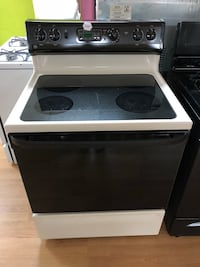 GE black and beige electric stove  Woodbridge, 22191