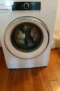 NEW/NEVER USED WHIRLPOOL WASHING MACHINE . CAN DELIVER!