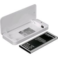 Note 4 battery cradle delivery available  Clarence