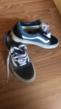 Vans men 6 women 7.5 Cottondale, 35453