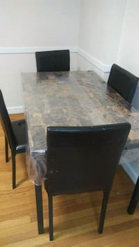 Dinning table with 4 Chairs Wellesley, 02482