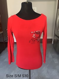 Red top size S/M. Toronto, M3H 4M9