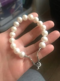 Real fresh water pearl bracelet new