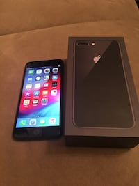 black LG Android smartphone with box Falls Church, 22041