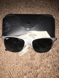 white framed Ray-Ban wayfarer sunglasses with case 49 km