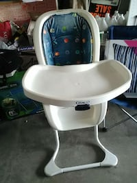 white and blue Graco highchair Apopka