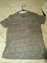 heather gray v-neck t-shirt West Chester, 19382