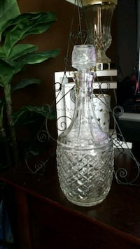 clear floral glass decanter London, N6G 1T2