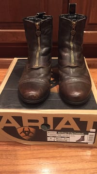 Ariat Brown leather zip up boots size 6 women. Chantilly, 20152