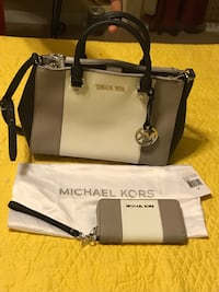 EUC authentic Michael Kors wallet and bag Pinson, 35126