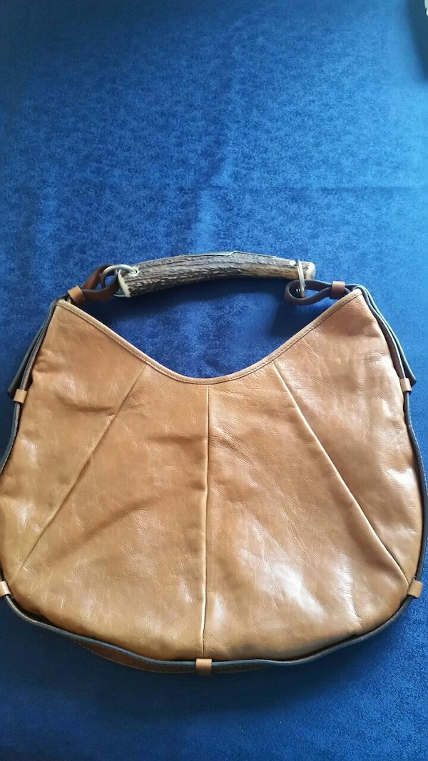 3d069d3b763 Used brown leather hobo bag for sale in Montréal - letgo
