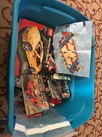 20 pounds of Legos with instructions Pompano Beach, 33060