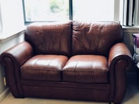 Brown leather loveseat Arlington, 22201