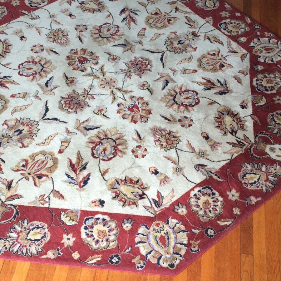 Used Red And White Floral Octagonal Area Rug In New York