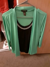 Green and black dress shirt with chain  Las Vegas, 89121