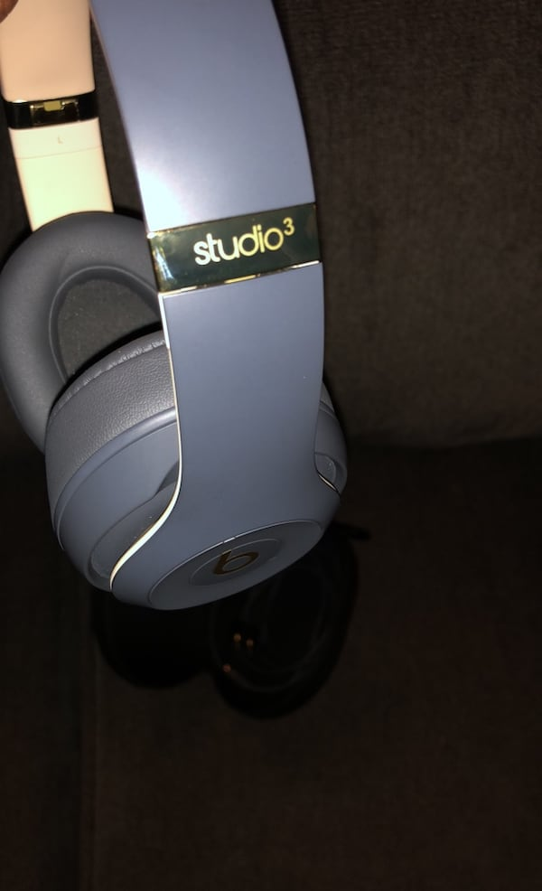 Beats Studio3 Noise Cancelling Headphones 1